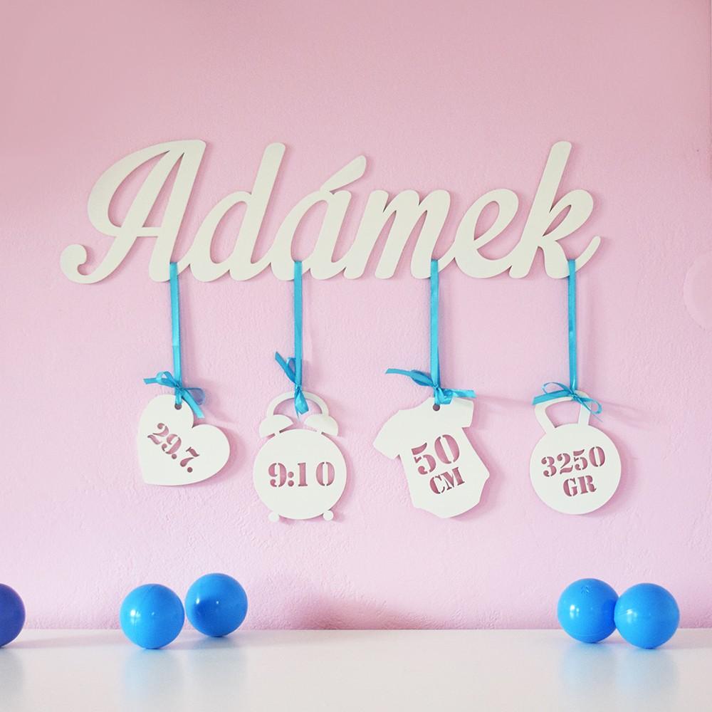 HOUSEDECOR Dřevěná dekorace - Nejkrásnější den :) Kluci - Modrá Barva