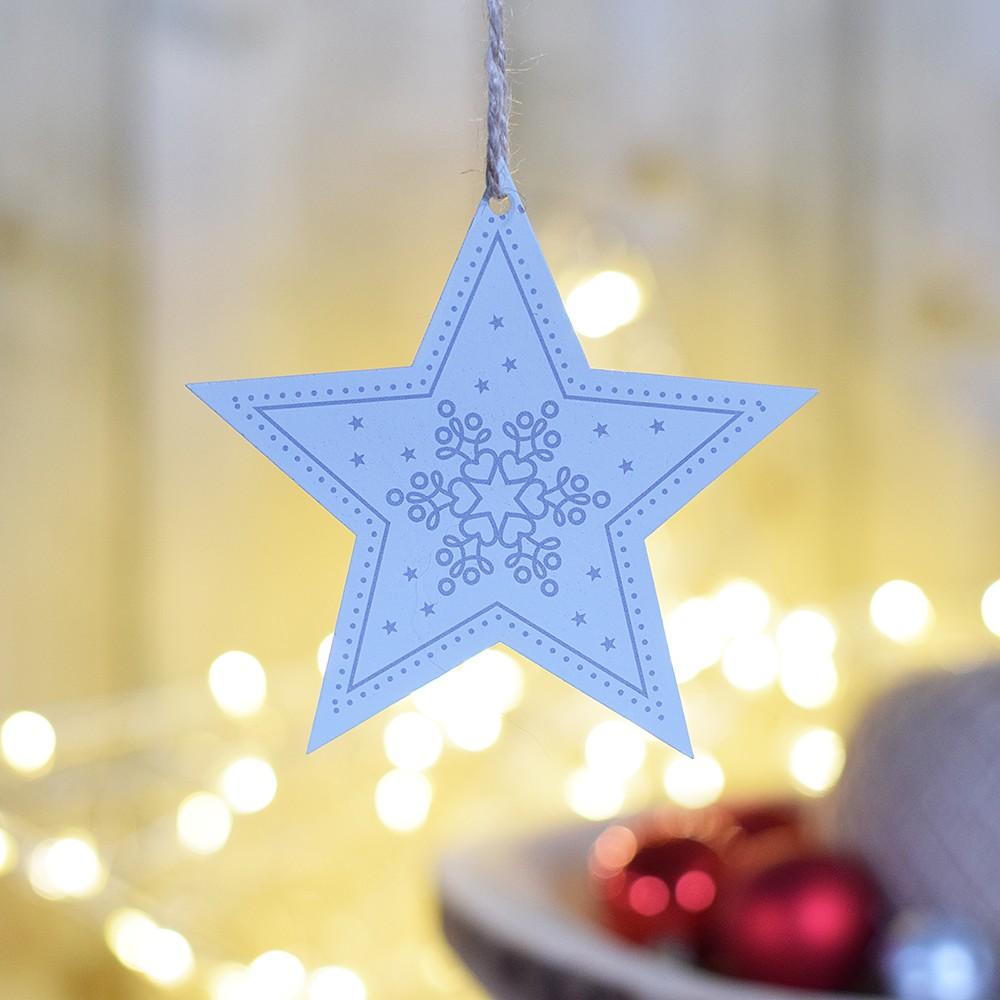 HOUSEDECOR Hvězda se vzorem - stříbrná s motivem a hvězdami