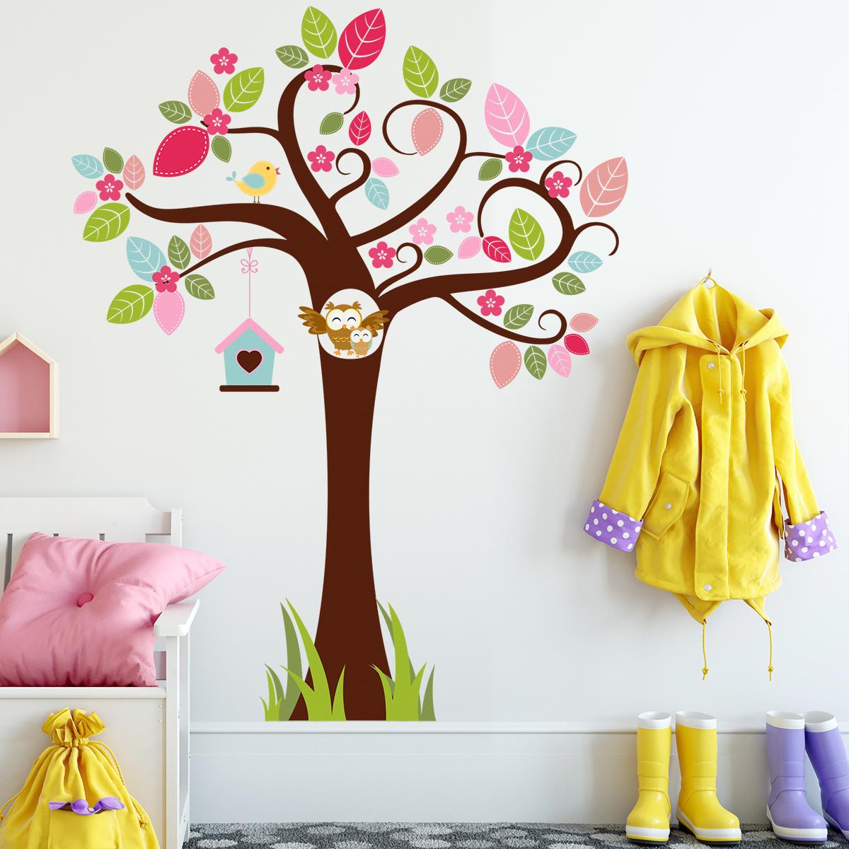 HOUSEDECOR Barevný strom se sovičkami 150 cm