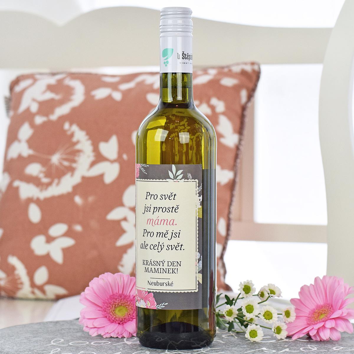 HOUSEDECOR Dárkové víno - bílé - Máma je celý svět 0,7 l