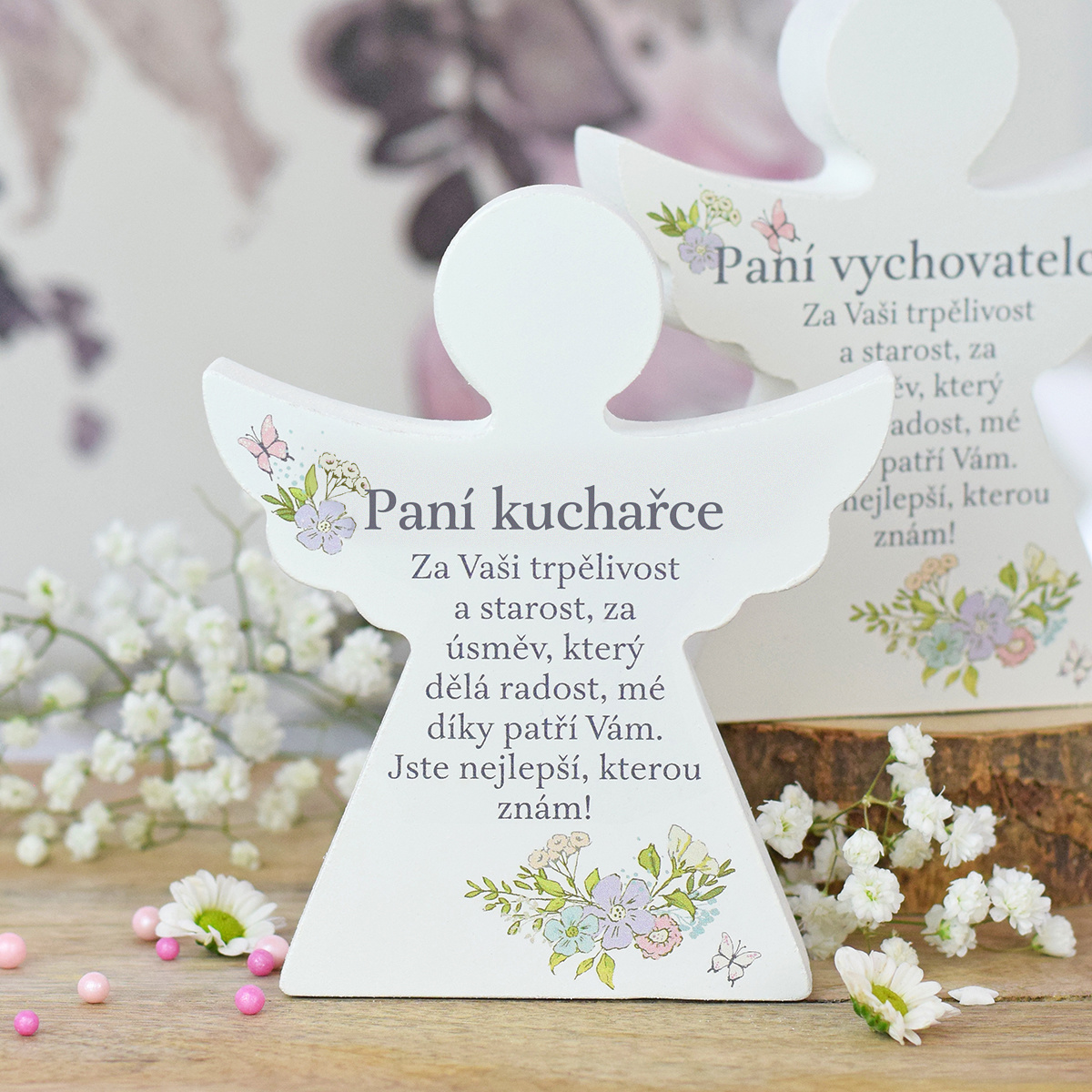 HOUSEDECOR Dárkový anděl - Paní kuchařce (s květinami)