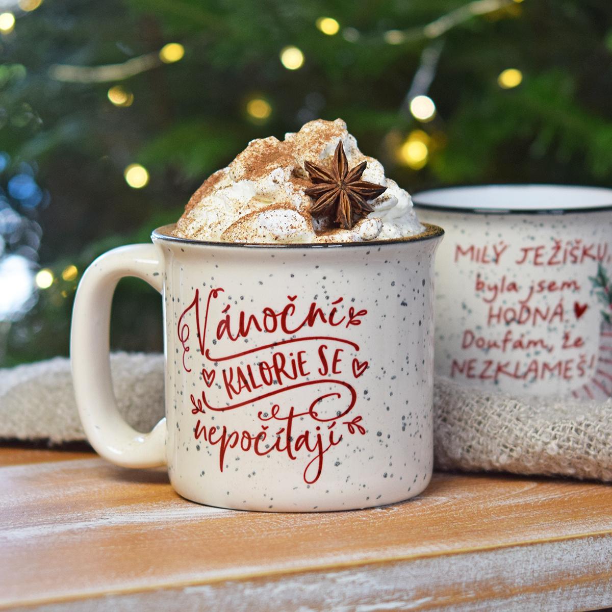 HOUSEDECOR Vánoční hrnek - Vánoční kalorie se nepočítají.