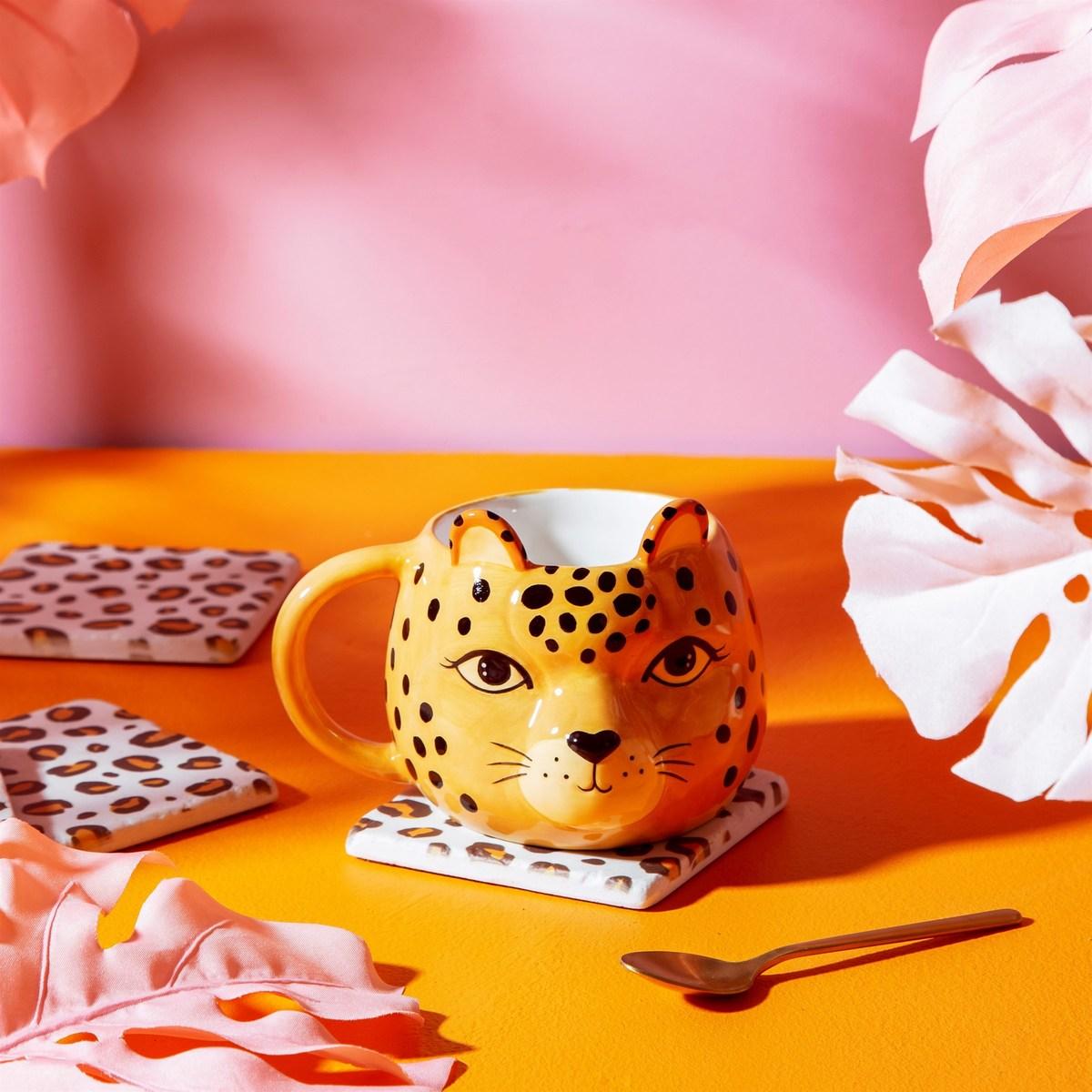 Leopardí hrnek