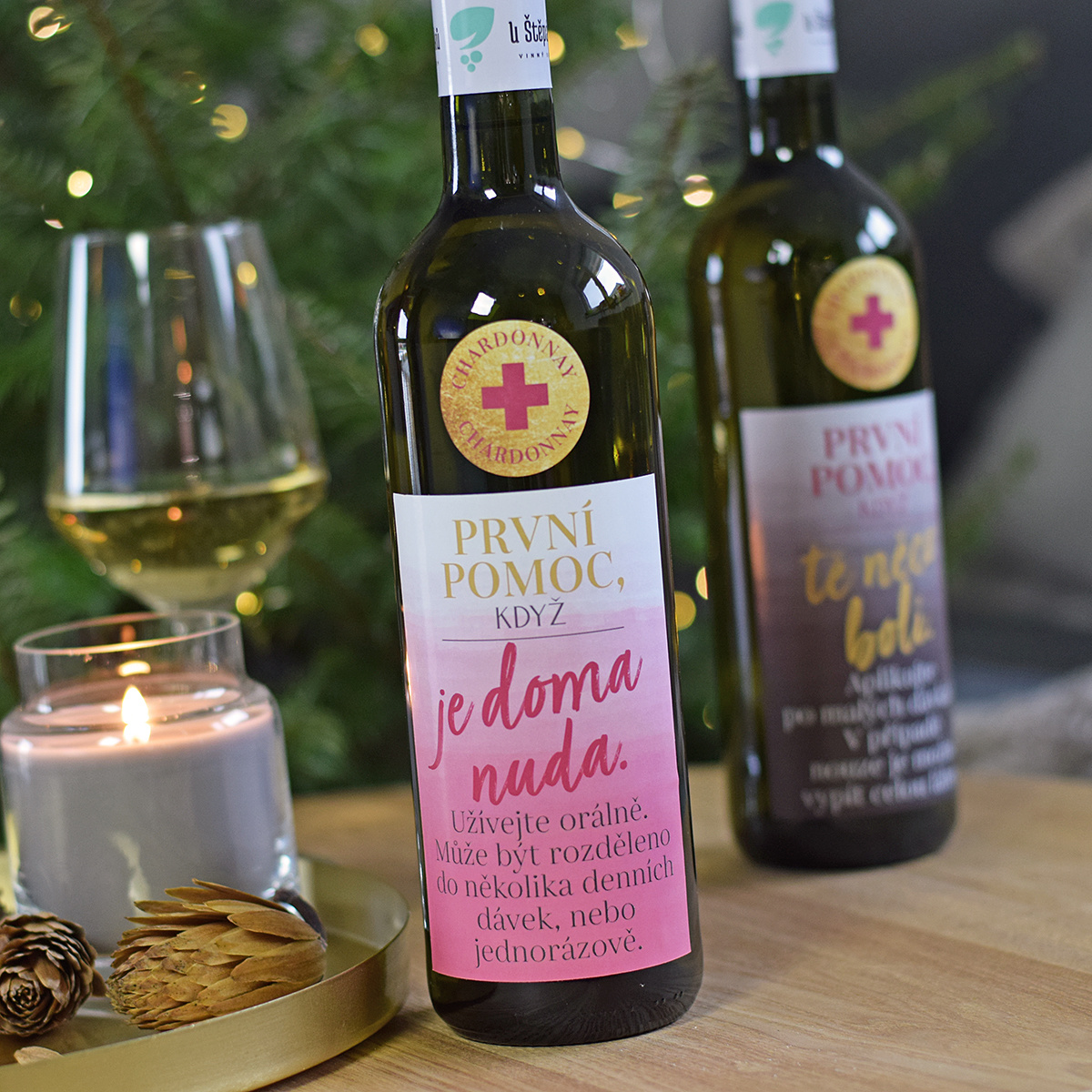 """HOUSEDECOR Láhev vína První pomoc - """"Když je doma nuda..."""""""