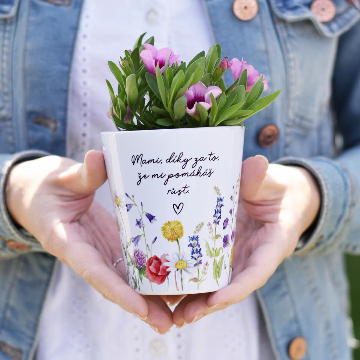 HOUSEDECOR Květináček Louka - Mami, díky...