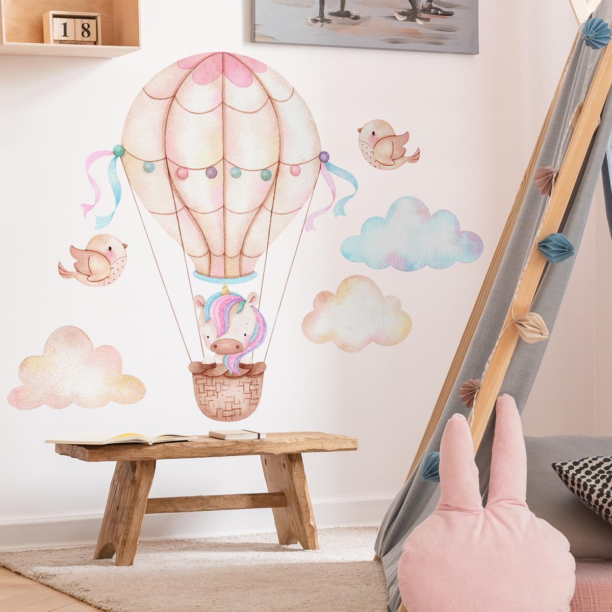 Samolepka na zeď - Jednorožec a balón
