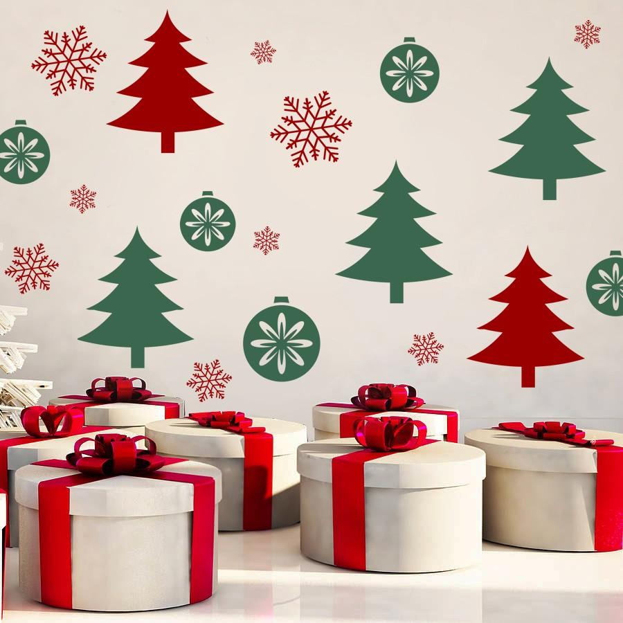 HOUSEDECOR Vánoční les - samolepka na zeď