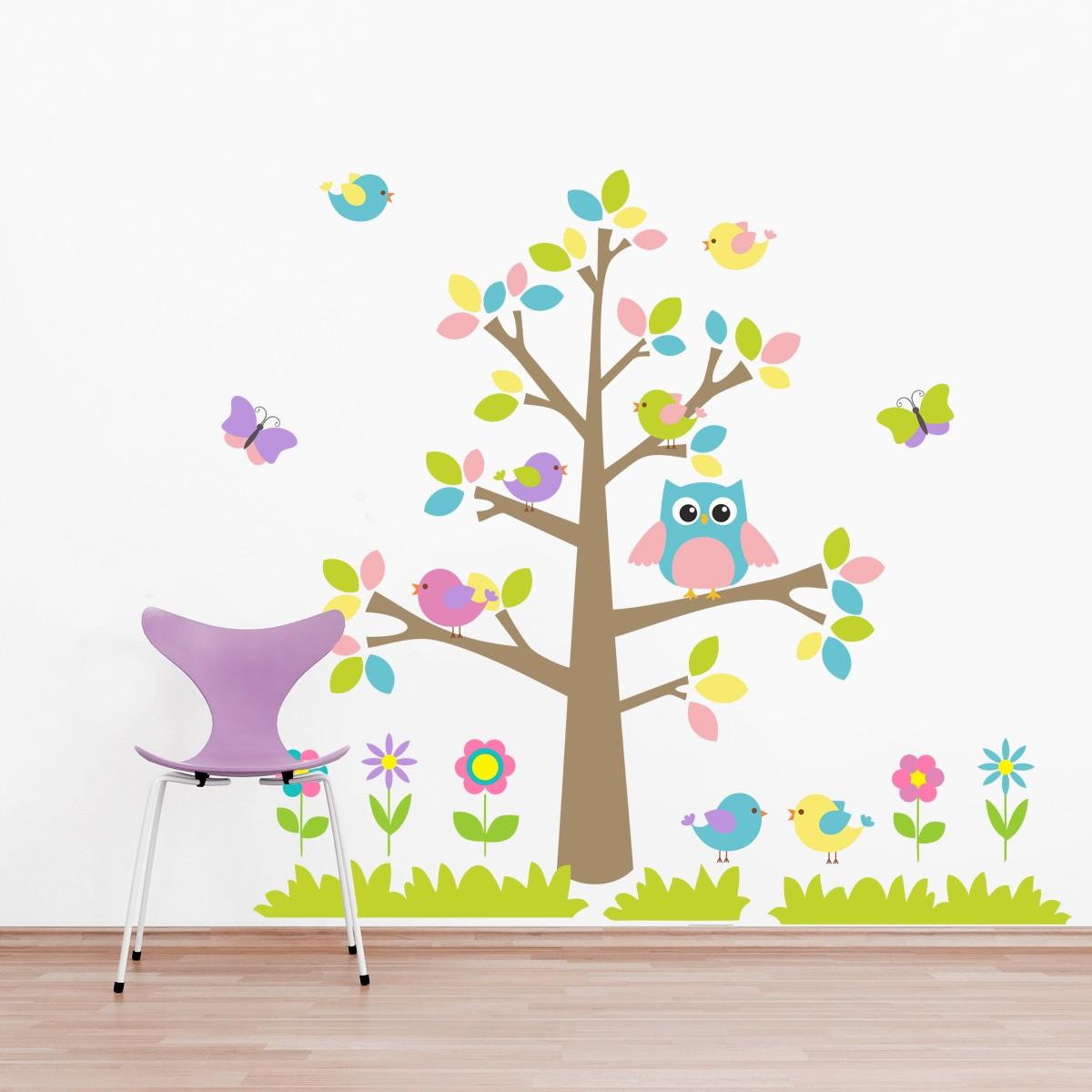 HOUSEDECOR Barevný strom a zvířátka