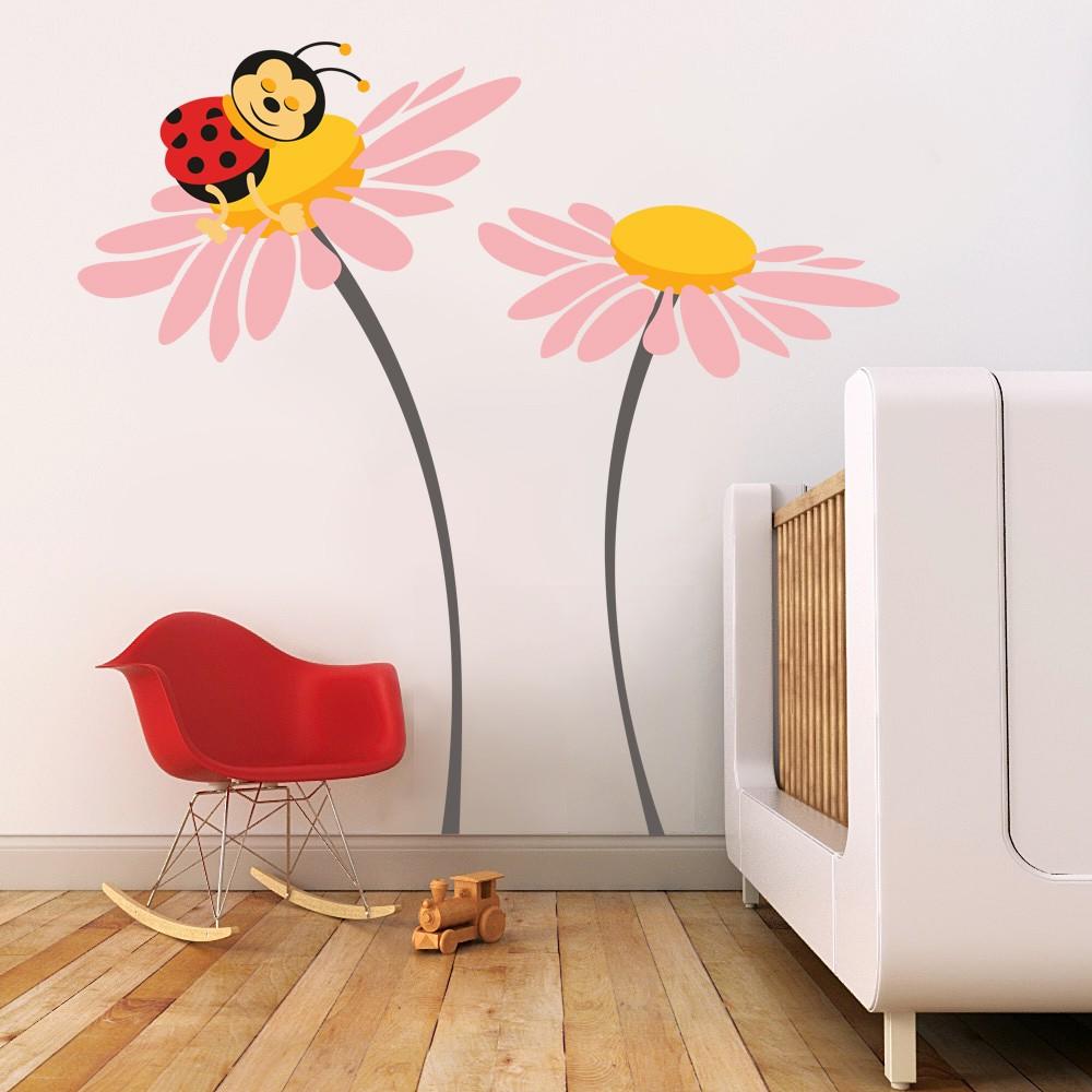 HOUSEDECOR Beruška na květu - růžová XXL