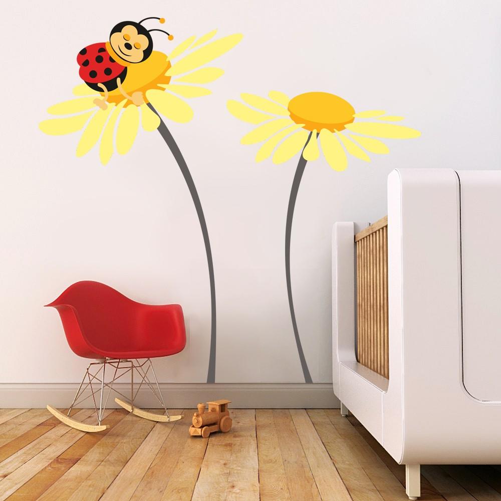 HOUSEDECOR Beruška na květu - žlutá XXL